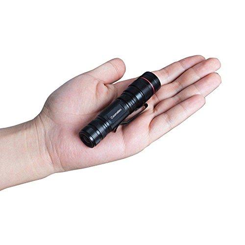 Mini Torcia Led Alta Potenza - Tattica Militare Zoomable Impermeabile Flashlight con Clip, 3 Modalità di Illuminazione, 330 Lumen, Giorno del papà