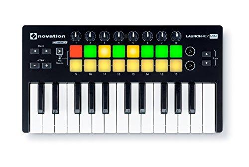 Novation Launchkey Mini MK2 - tastiera/keyboard controller da 25 tasti con 16 pad 8 knob per PC e MAC