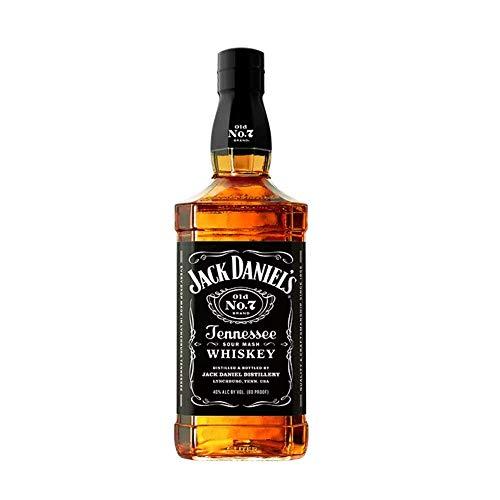 Jack Daniel's Old No.7 Tennessee Whiskey-Whiskey filtrato goccia a goccia attraverso il carbone. Giusto equilibrio tra sapore dolce e legnoso. Vol 40% - 100 cl